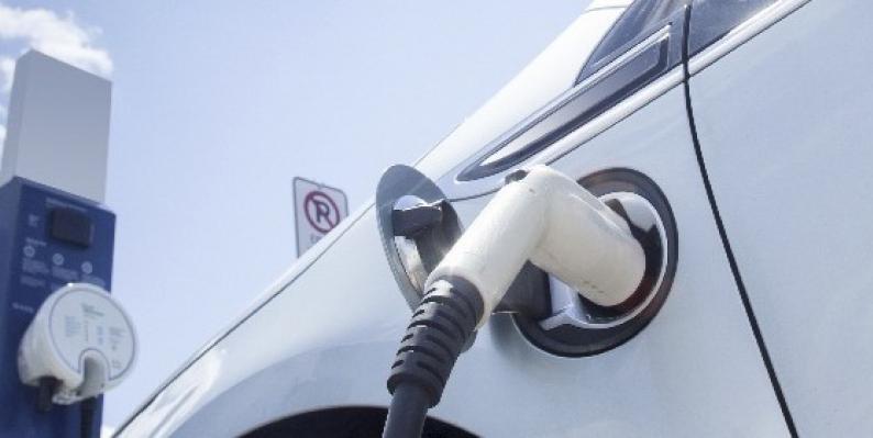 Installation  de bornes de recharge pour véhicules électriques